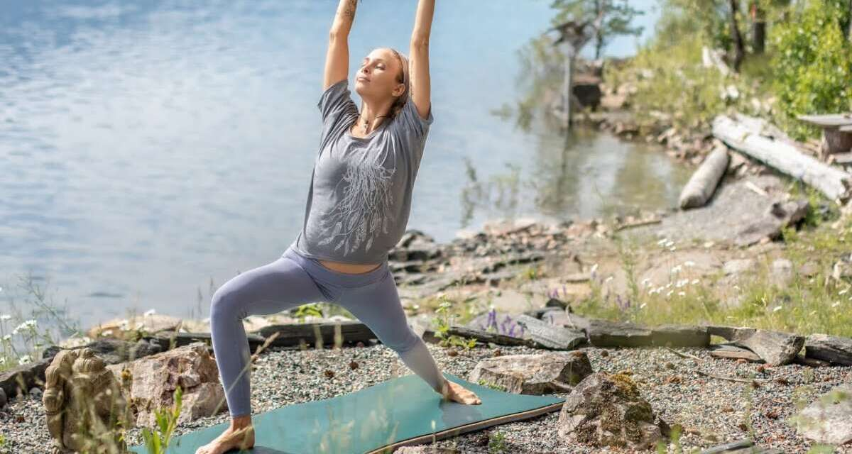 20 Minute Yoga Flow   Yoga To Restart Yourself & Your Day Perfectly