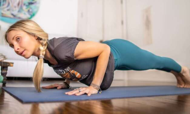 10 Min Power Yoga Flow | Yoga To Blissfully Set Yourself & Your Day Up For Success