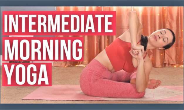 30 Min Morning Yoga Flow – Intermediate Full Body Vinyasa (with Luna!)