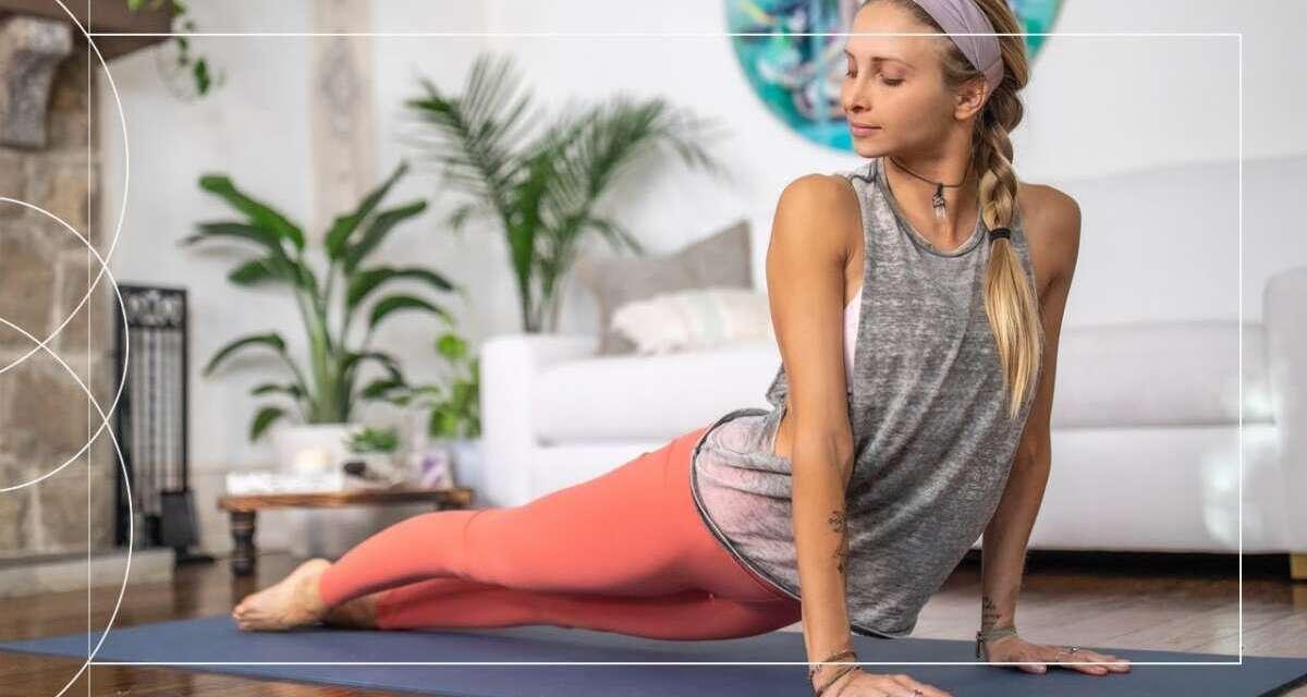 25 Min Vinyasa Flow | Full Body Yoga To Feel Your Best  ➤ Day 3