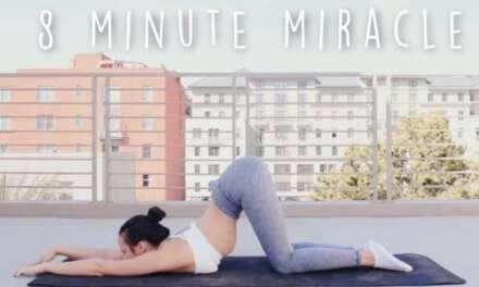 10 Min Morning Yoga Strength & Stretch – Beginners Yoga