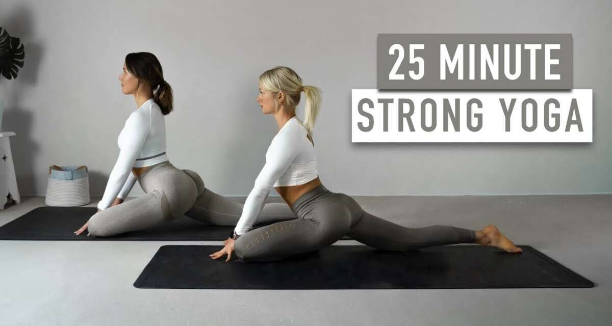 Full Body Yoga For Strength & Flexibility | 25 Minute At Home Mobility Routine