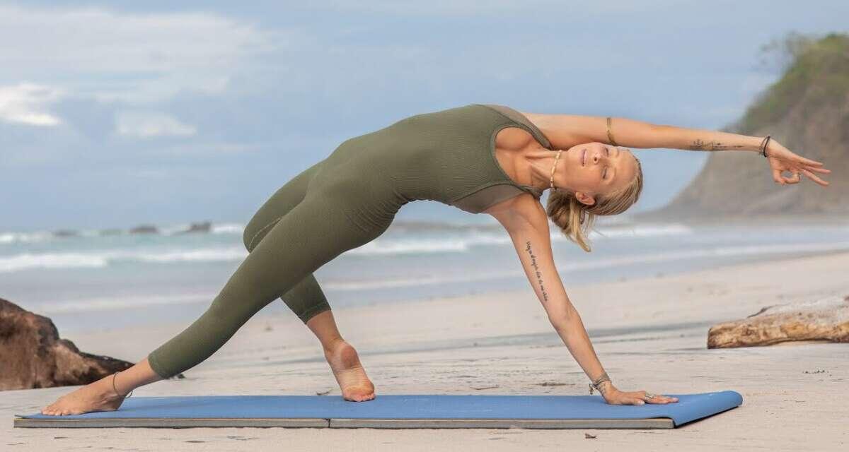 30 Min Morning Yoga Flow   Full Body Yoga For Power, Peace, & Grace